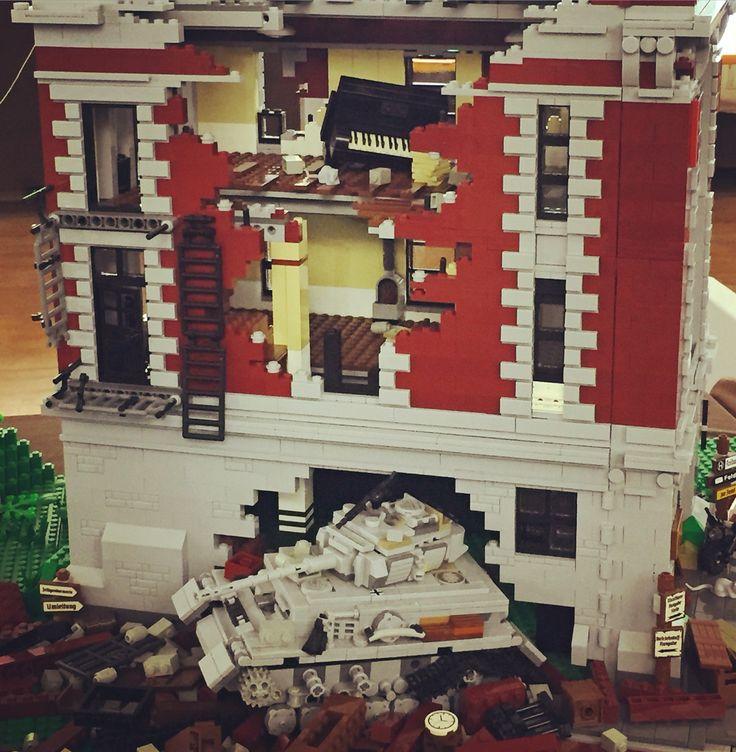 #LudicomixBrick&Kids #ludicomix2016 Il dramma della guerra a mattoncini #lego #ComuneEmpoli La magia dei @LEGO_Group #igers #tuscany #comunediempoli #igdaily #igdaily #instagood #iphonesia #italy