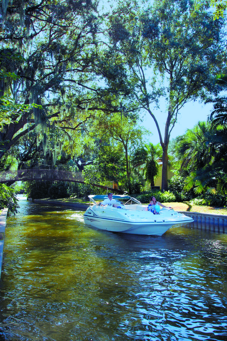 The Chain Of Lakes In Winter Haven Florida Make The