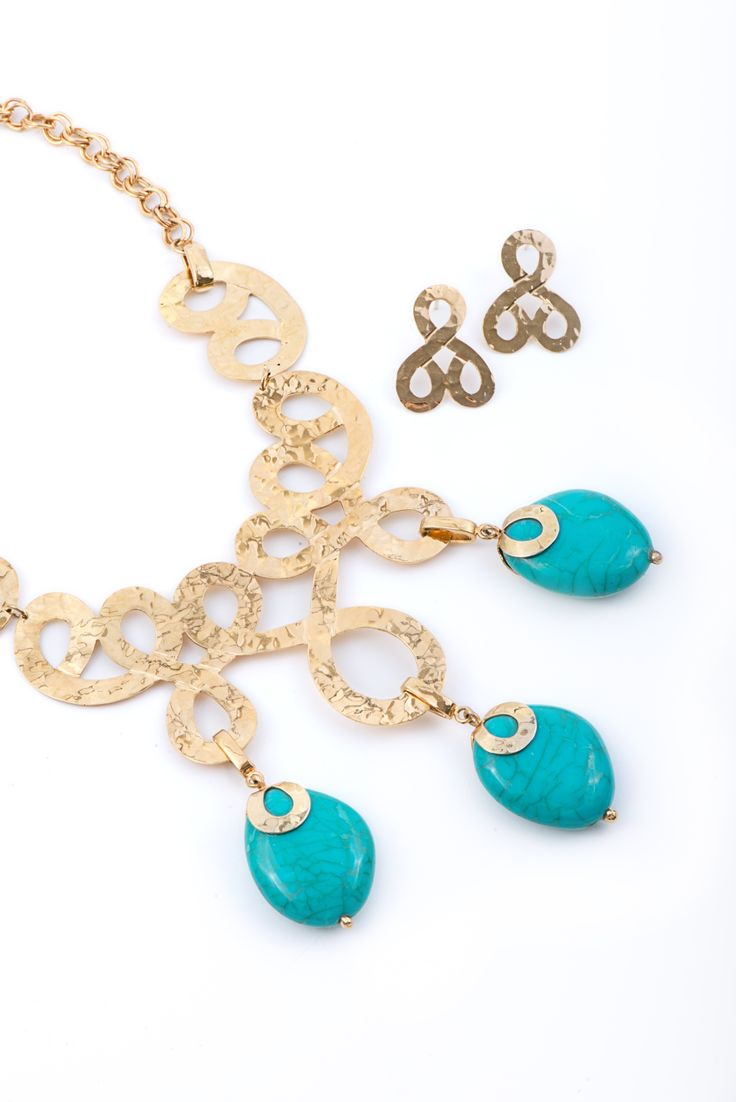 VOGA VITA - Egyptian inspired necklace with turquoise stones with matching earrings by Turmalina & Durando - www.vogavita.com