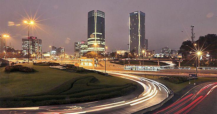 toma fotografica  de las torres del centro financiero de Lima -Las mas altas del Perú - jhabich.14