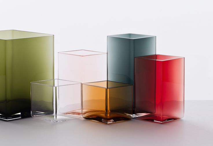 Ruutu by Ronan & Erwan Bouroullec for Iittala. In stores January 2015.