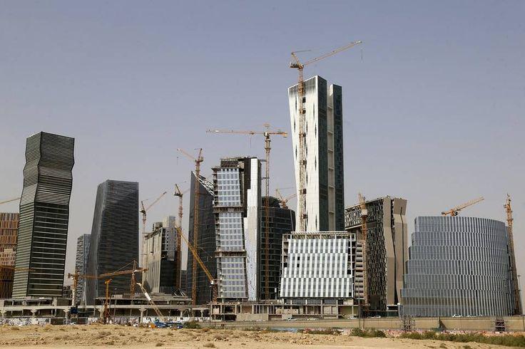 Χιλιάδες εργάτες «αιχμάλωτοι» στη Σαουδική Αραβία καθώς η οικονομία καταρρέει!