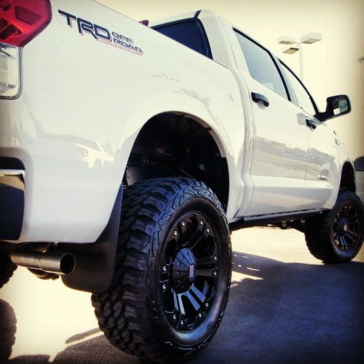 2016 Toyota Tacoma Double Cab Suspension: 25+ Best Toyota Tundra Lifted Ideas On Pinterest