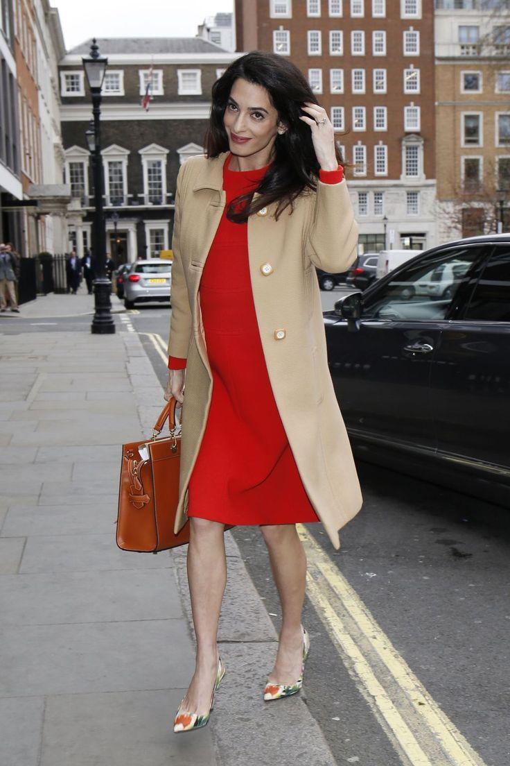Amal Alamuddin Clooney arrive à Londres