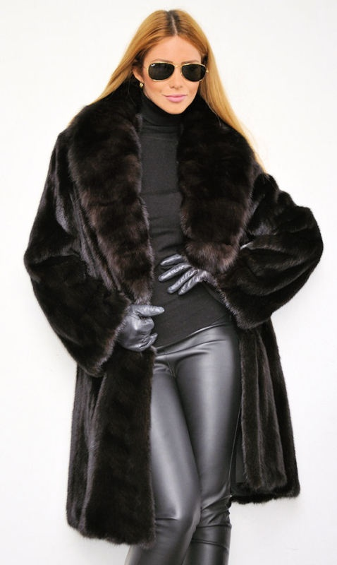 Best 25  Mink coats ideas only on Pinterest | Vintage fur coat ...