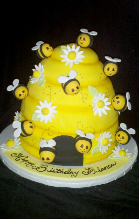 25  best ideas about bee birthday cake on pinterest