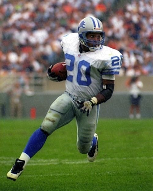 Barry Sanders - Detroit Lions - had to be one of the greatest player never to play in a Superbowl | Repinned by @paulwreeves