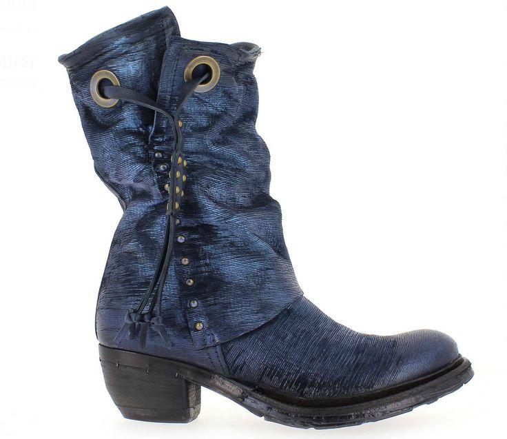 A.S.98 522209 http://www.traxxfootwear.ca/catalog/6440198/as98-522209