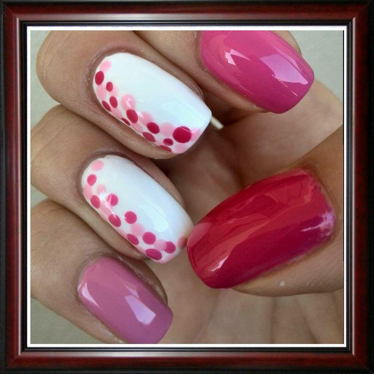 #pois #nails #nailart  Visita il profilo di Corina su Pinterest.