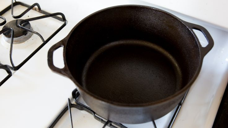 How To Make An Antique Cast Iron Pan Look Brand New