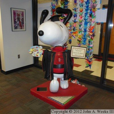 Peanuts On Parade - Snoopy - Scholar Snoopy