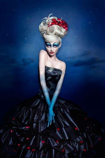 Kimberley Munro- Lady of the Night - FINE ART - Portrait  - finalist - ONE EYELAND PHOTOGRAPHY AWARDS 2013