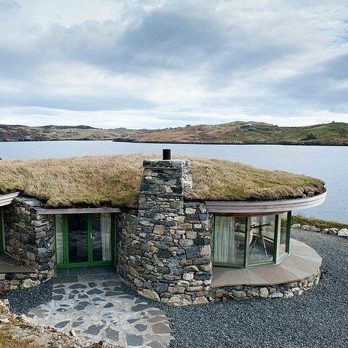 Beach Bay Cottage, Isle of Lewis | 16 Deeply Romantic, Beautiful, And Sexy Places To Stay In Scotland