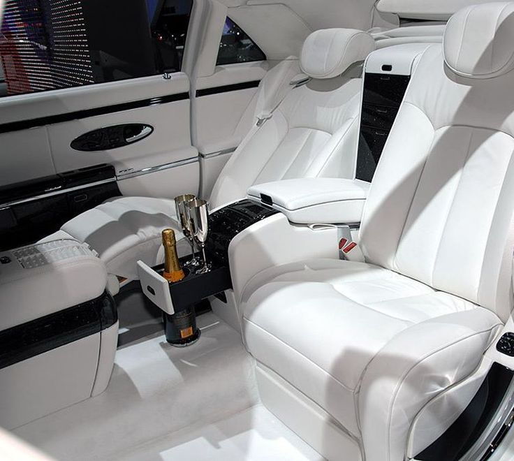 Luxury lifestyle with premium class cars�������������������� #luxurycars #lux #luxury #lifestyle #car #drinks #style #white #leather #seat #premium #celebrity #celebritystyle #fashion #glamour #life #event #авто #премиумкласс #роскошь #мода #стиль #белый