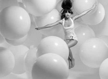 everything is in focus but somethings are closer to the front: Dance Photography, Bubble, High Fashion Photography, White Fashion, Michael Creagh, Black White, Profess Photography, Photo Shoots, Balloon Parties