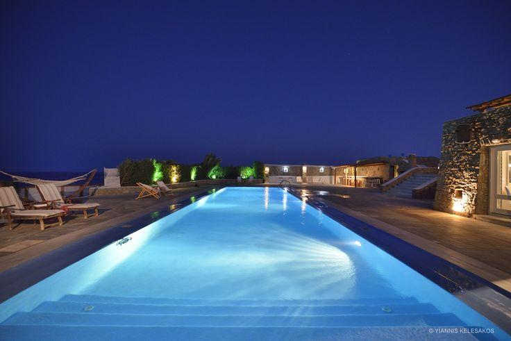 Mykonos Villa Pasiphae http://georgiapapadon.com/meet-the-absolute-mykonian-style-with-premium-luxury-at-the-pasiphae-villa/