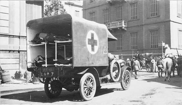 An Australian ambulance transporting wounded in Cairo, Egypt. PRG 280/1/23/243.