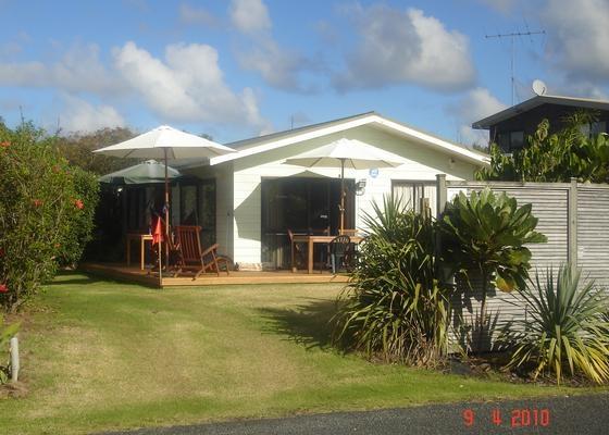 Macs House Matapouri