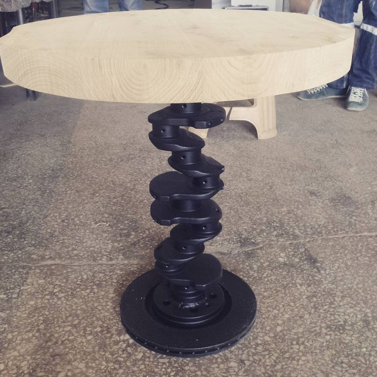Krank milinden sehpami??!!  bi deneyelim dedik :) #sehpa #krankmili #coffetable #mobilyatasarım #araba #modifiye #furniture #furniture #design #car #araba #tasarim