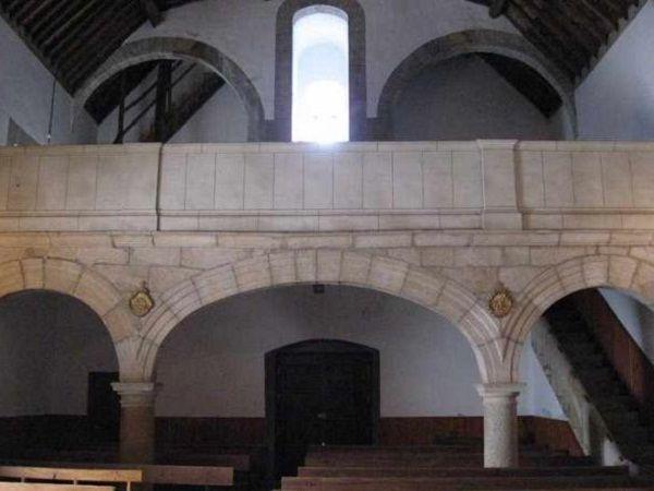 Interior de la Iglesia de San Andrés Apóstol.