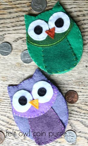 felt owl coin purse--toooo cute! Free template and these actually look pretty easy to make!