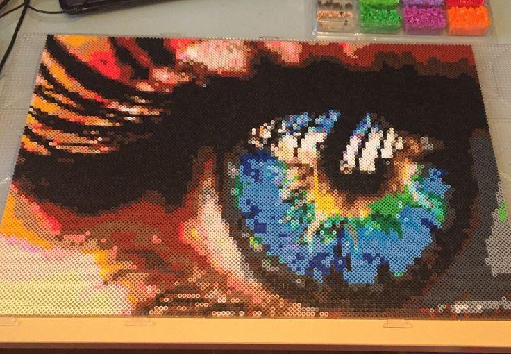 Perler bead eyeball by DearGawd (Measurements are 2 feet by 1.5 feet.)