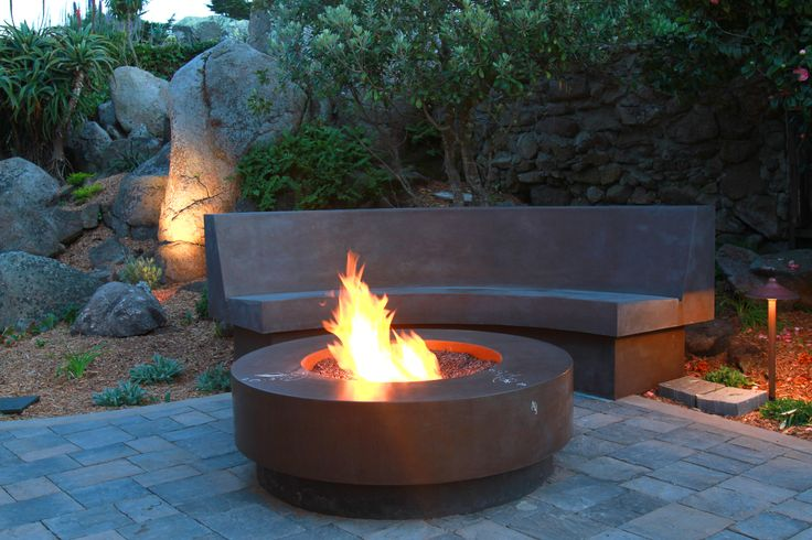 17 best images about fire pit on pinterest fireplaces for Fire pit on concrete slab