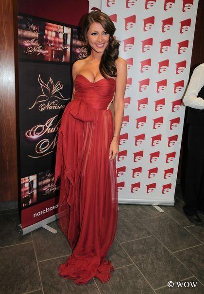 Ilinca Vandici intr-o rochie semnata de designerul Maria Lucia Hohan