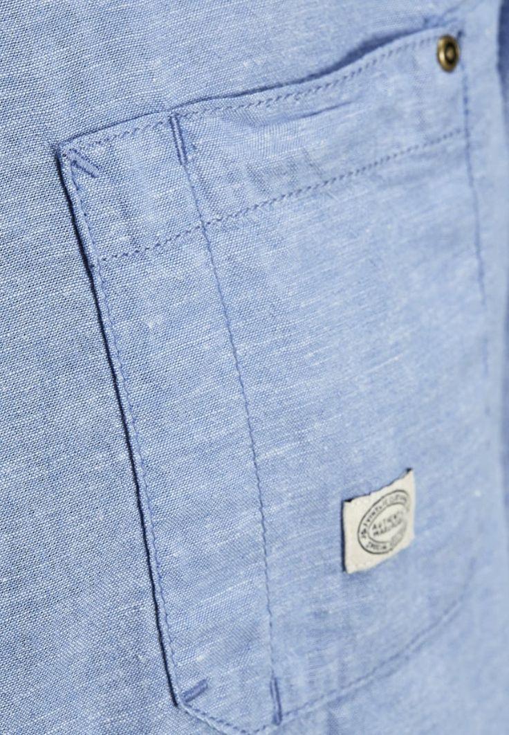 Overhemden Jack & Jones JJCHAMBRAY SLIM FIT - Casual overhemd - light blue denim Lichtblauw: € 49,95 Bij Zalando (op 7-6-16). Gratis bezorging & retournering, snelle levering en veilig betalen!