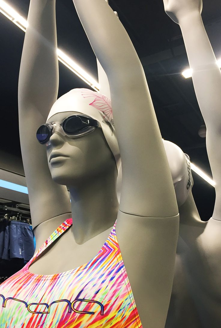 Sports mannequins, fibreglass figures in dynamic poses. #FemaleMannequin #style #shopwindow