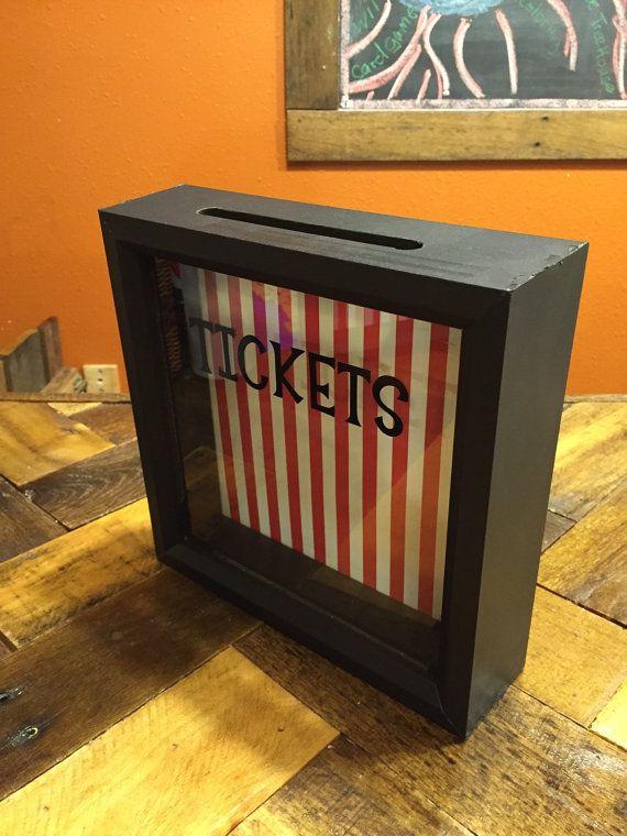 Trozo de entradas de la caja caja de por CelebratingTheMoment