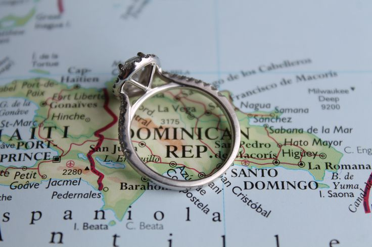 Creative way to announce a destination wedding in the Dominican Republic and engagement
