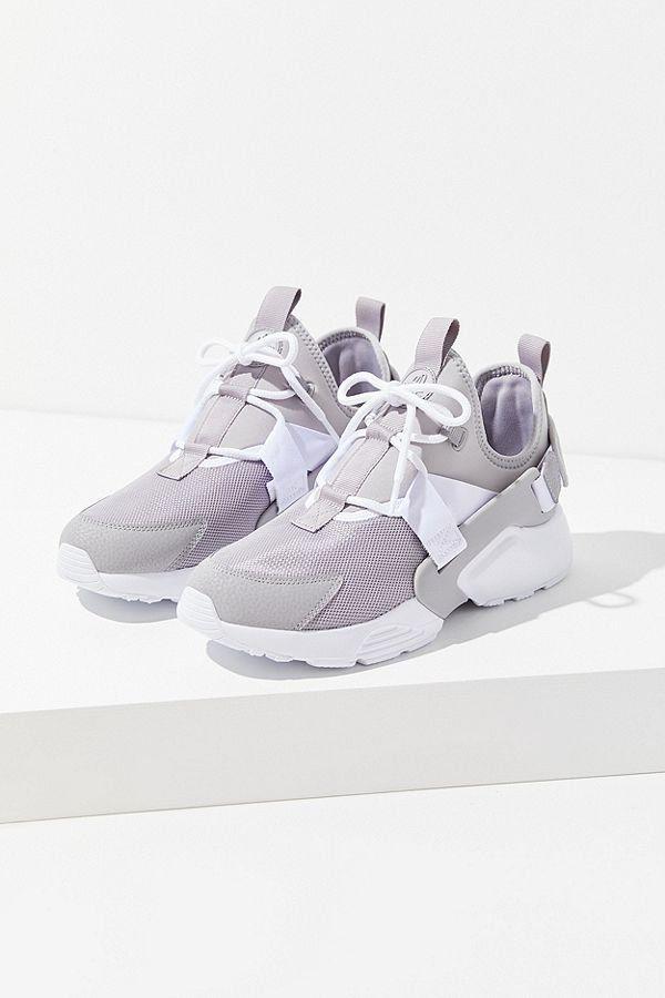the latest 55966 92a2e Nike Air Huarache City Low Grey Sneaker