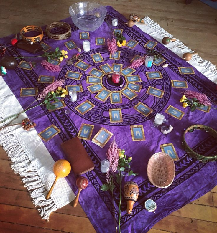 What a gorgeous #womencircle! It was an honor to host it with Cristina as core members of the @nyshamaniccircle #nysc #shamanism #innergoddesses #goddess #healers #medicinewomen