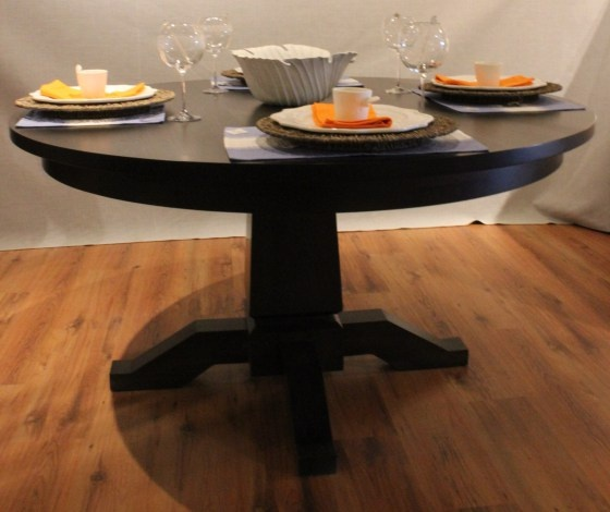 Round Dumont Table