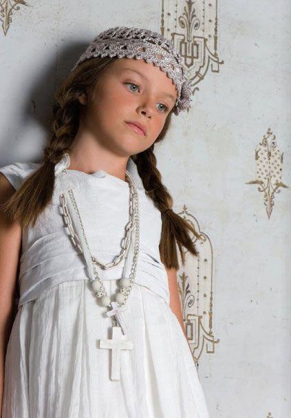 vestido-comunion-bohemio-algodon-cruz-madera-blanca-gorro-crochet