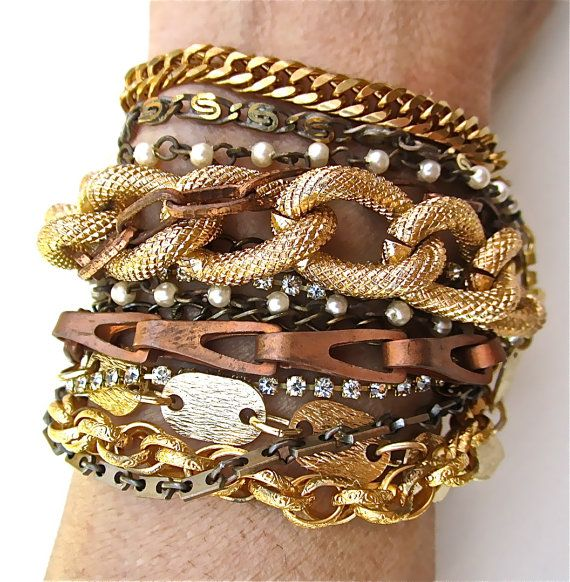 Multi Strand Bracelet or mixte métal Vintage par AllThingsTinsel