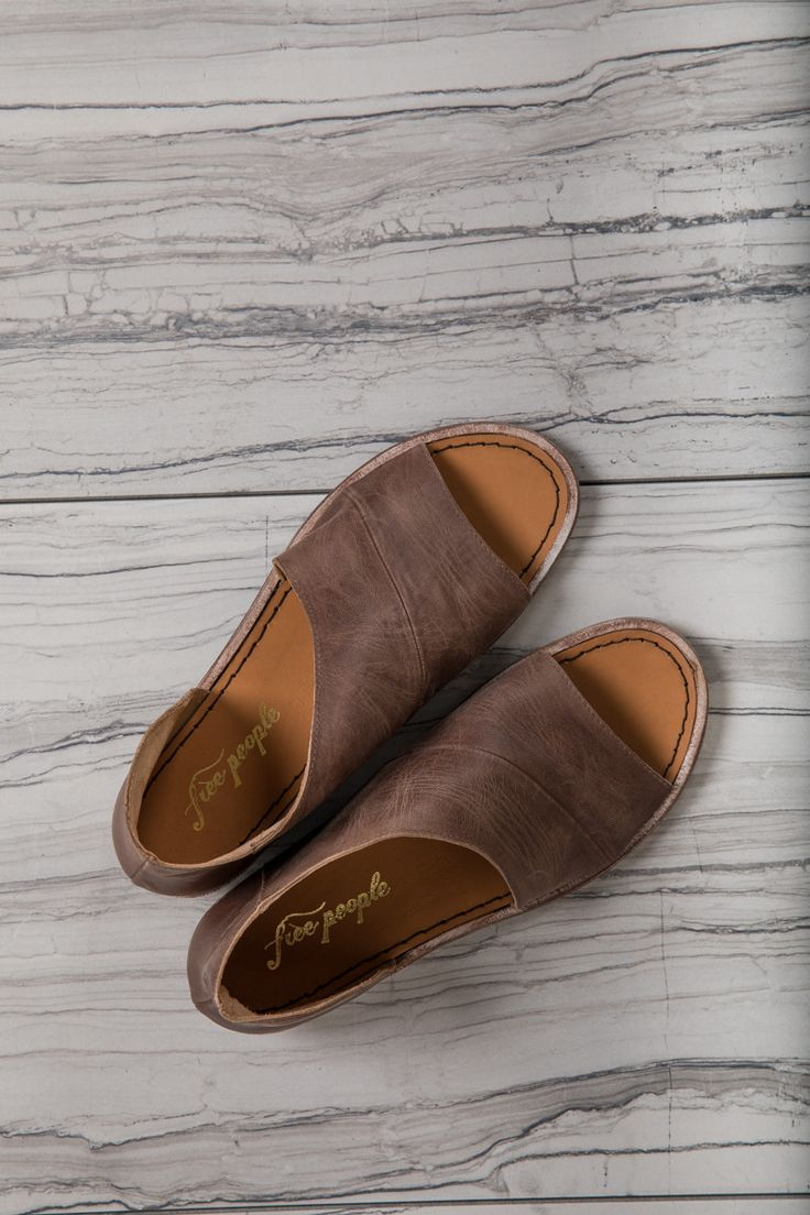 Free People: The Mont Blanc Sandal in Brown
