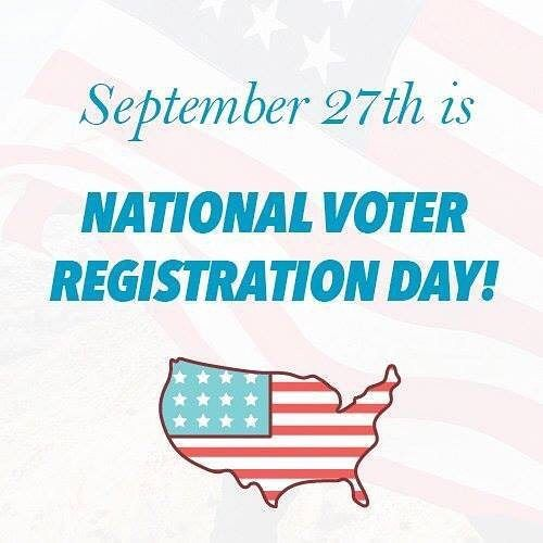 Este martes 27 de Septiembre es el Día Nacional para Registrarse para Votar. Estaremos junto con Mi Familia Vota registrando votantes por teléfono y en persona este martes de 5pm a 10:30pm. Solo tienes que llamar al 602-232-3533 o venir en persona a nuestros estudios en el 6006 S. 30th St. Phoenix AZ 85042. Recuerda tienes hasta el 10 de Octubre para hacerlo y poder votar en las elecciones en Noviembre. También puedes visitar en línea TuAmerica.com #VotaPorTuAmerica #weareready