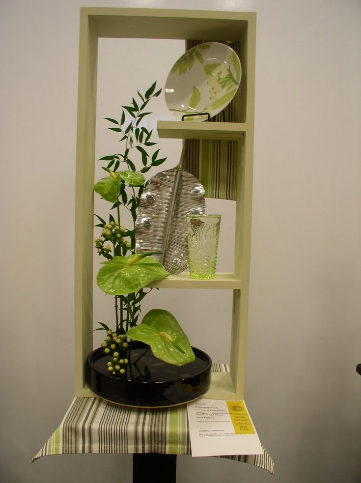 2233 best images about ikebana and bonsai on pinterest for Table th structure