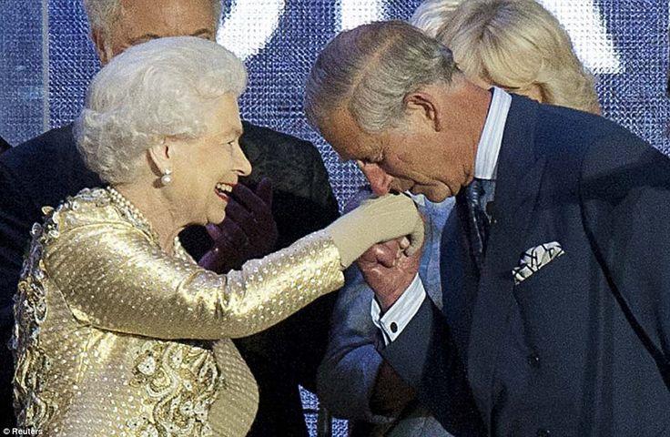 Prince Charles kisses the Queen's hand much to her delight: Queen Elizabeth, Queen Diamonds, Queen Hands, Hrh, The Queen, Charles Kiss, Affection Kiss, Hm Queen, Queens Diamonds
