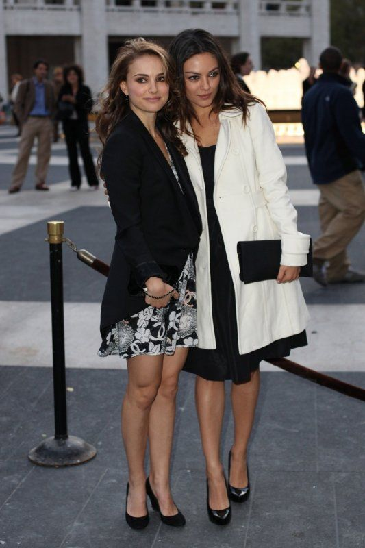 Natalie Portman and Mila Kunis both have such great style!