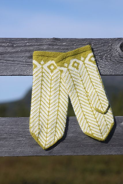Wool Mittens.