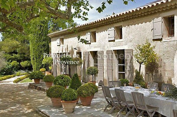 Saint Rémy de Provence. Your next Summer. Propriétés de Provence Sotheby's International Realty
