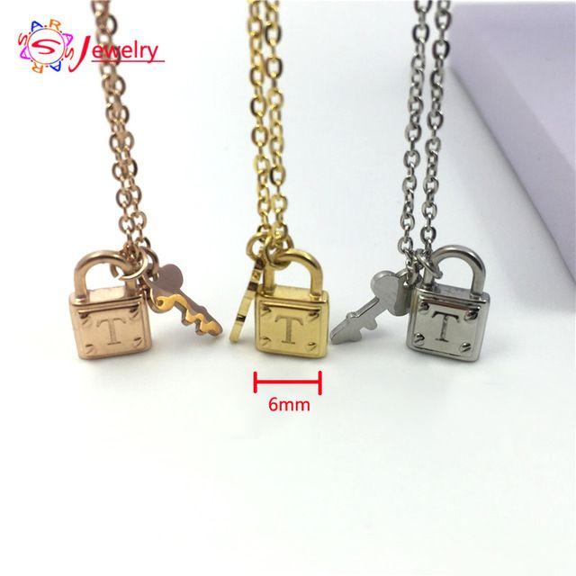 Классический Стиль Нержавеющей Стали Ювелирные изделия Золотые Цвета Т Письмо Ключ Ожерелье для Женщин Подарок Бренд Короткие Choker Chain ожерелья