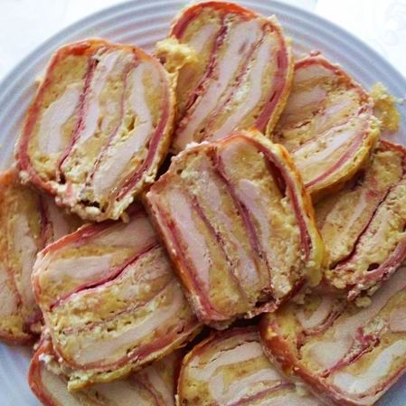 Chicken breast with ham and cheese casserole