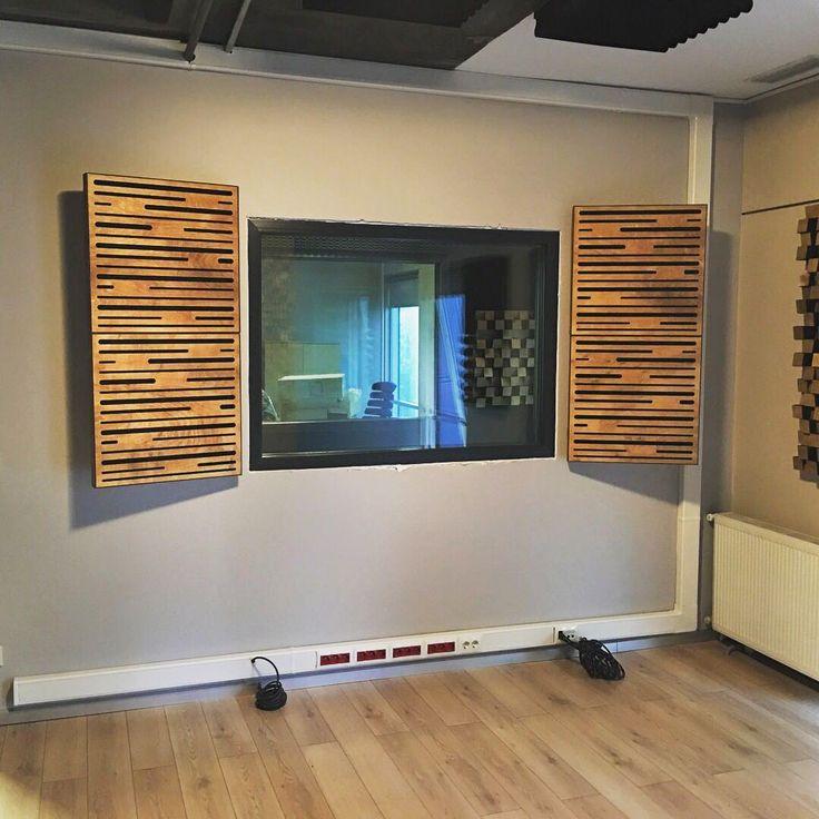 @karga7turkey 'deki ses izolasyonu ve akustik düzenleme işi tamamlandı. Lava akustik panelleri stüdyoda yerini aldı... @afterflame #ses #yalıtım #izolasyon #akustikpanel #akustik #design #music #film #dublaj #yapim #program #seslendirme