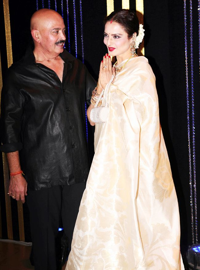 Rakesh Roshan with his Khoon Bhari Maang and Koi Mil Gaya co-star Rekha at his birthday bash. #Bollywood #Fashion #Style