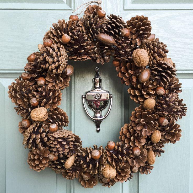 Pine Cone Festive Wreath