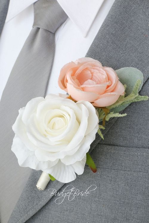 Peach and White Wildflower Groom wedding boutonniere ideas for ushers, groomsmen and fathers buttonholes, flowers to match Davids bridal colors, silk flowers